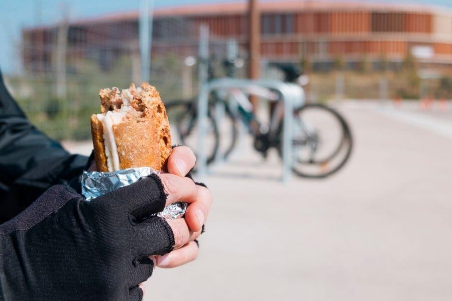 Un sandwich lors du repos
