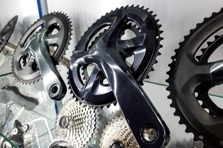 pédaliers et manivelles de vélo