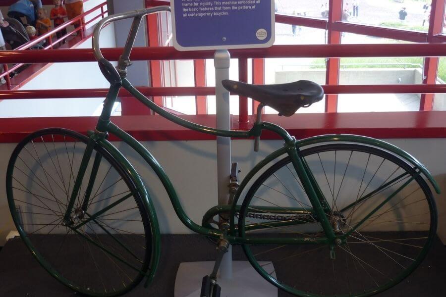 1886 John Kemp Starley 'Safety Bike'